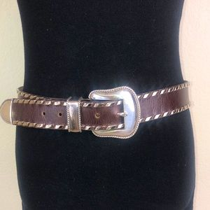 Leathereock belt w/silver embellishment & buckle